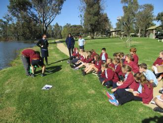 St Mary\\\'s Cohuna Grades 3/4/5/6 at the Gunbower Creek site, Cohuna visiting Apex Park to carry out our tests.